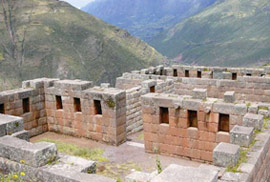 DAY 1 – Cusco – Sacred Valley of the Incas – Aguas Calientes (L)